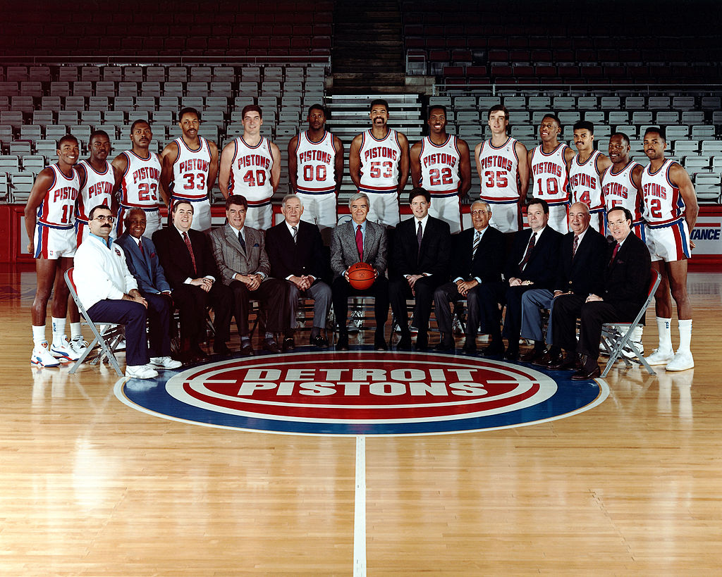 Detroit Pistons pose for a team photo